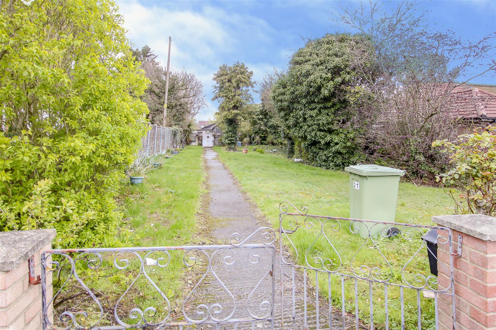 Peartree Lane, Doddinghurst, Brentwood